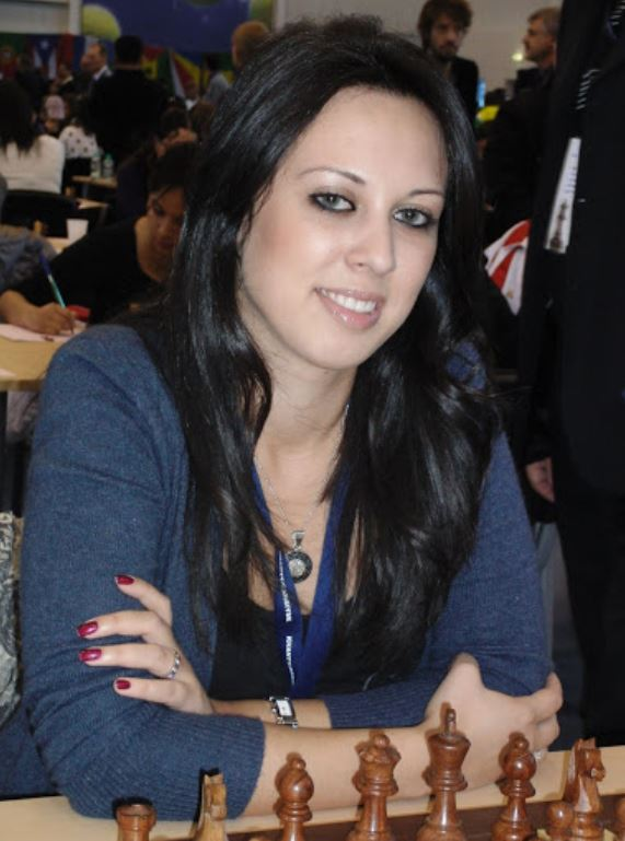 Dina Kagramanov is a member of Windward Chess Club in absentia